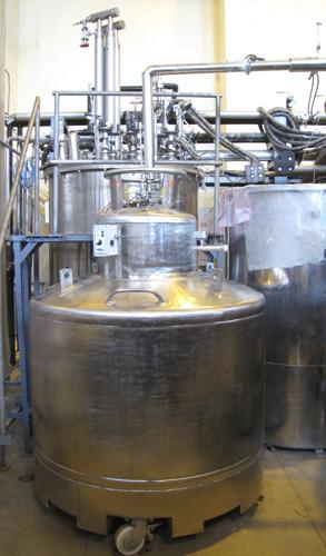 1000L Liquid He Dewar Coupled with Helium Liquefier Cold Box